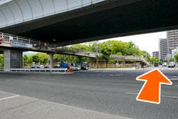 戎前の交差点を北方面阪神西宮駅の方へ進んでください