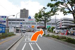 阪神西宮駅つきあたり右